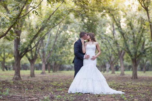 Lindsay_and_kyle_greenleaves_wedding_01
